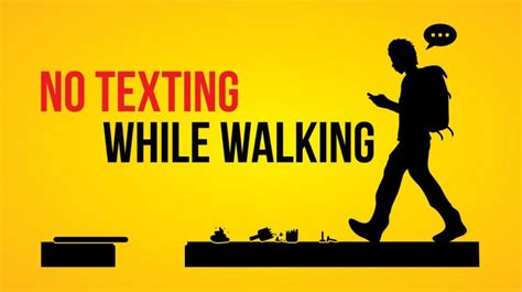 """New Jersey Proposes """"No Texting While Walking"""" Law - Small"""