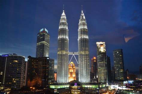 7 Famous Architectural Landmarks in Kuala Lumpur You