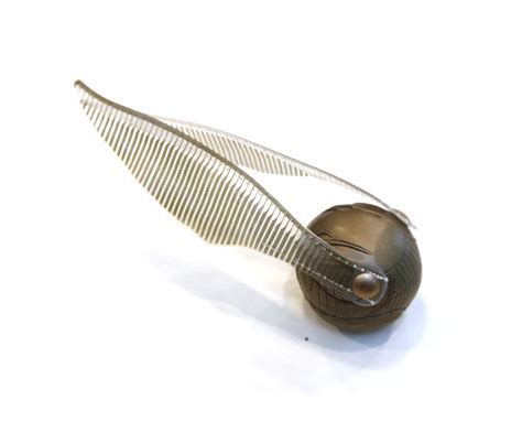 Harry Potter GOLDEN WINGED snitch Hogwarts Quidditch Game