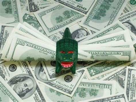 Money-grubber - 11 Words for Misers and Cheaates