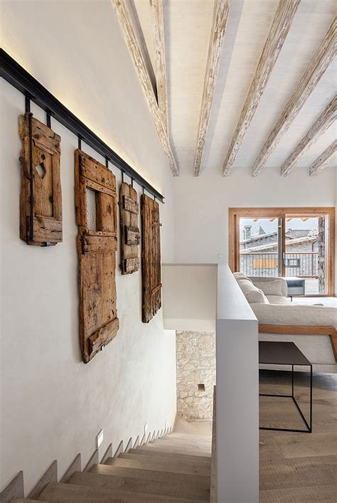 Spanish Revival: Old Farmhouse Transformed into a Striking