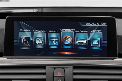 New navigation system/Connected Drive/Apple Carplay