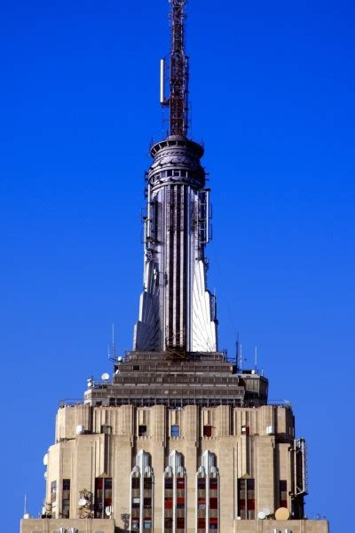 Empire State Building • Tourist Attraction New York