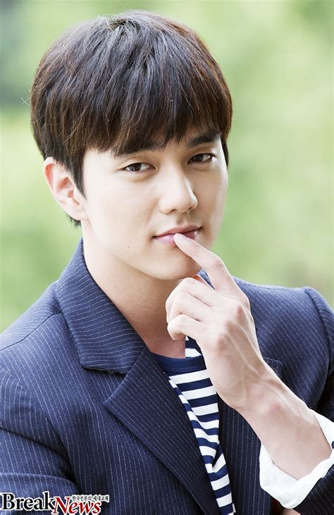 """[Interview] Yoo Seung-ho goes for comedy in """"Seondal: The"""