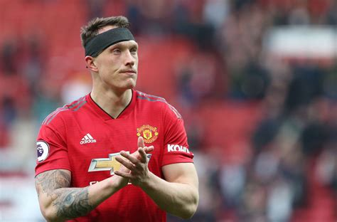 Phil Jones at right-back? Some Manchester United fans are