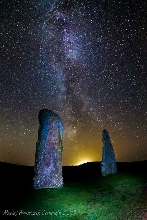 Orkney's Ring of Brodgar at night