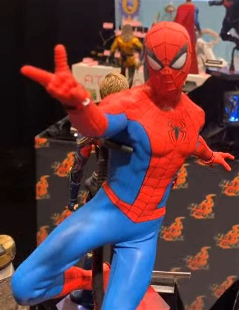 2020 SDCC - Hot Toys 1/6 Scale Classic Suit Spider-Man